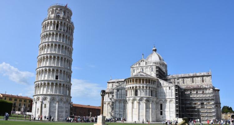 Keuntungan dari Tur Terpandu di Italia