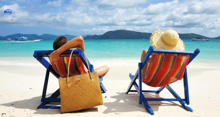 5 Tips Berlibur Ke Pantai Dengan Aman Dan Nyaman